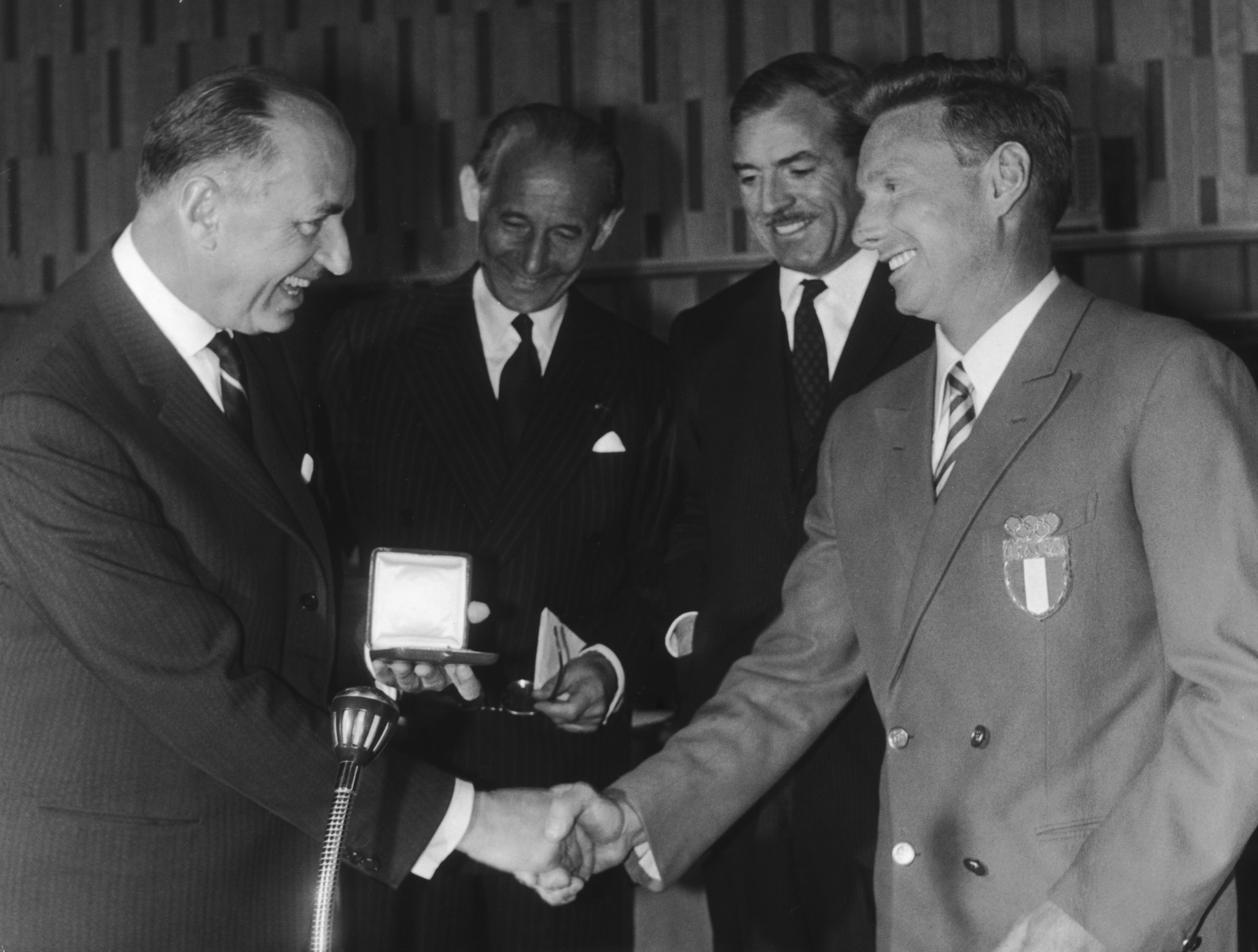 Eugenio Monti, right, was recognised for his sportsmanship at the 1964 Winter Olympics in Innsbruck ©Getty Images