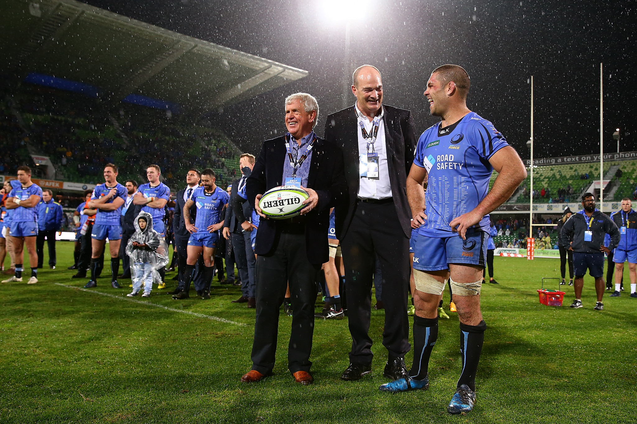 Mark Sinderberry, centre, has worked extensively in rugby union, including at Western Force ©Getty Images