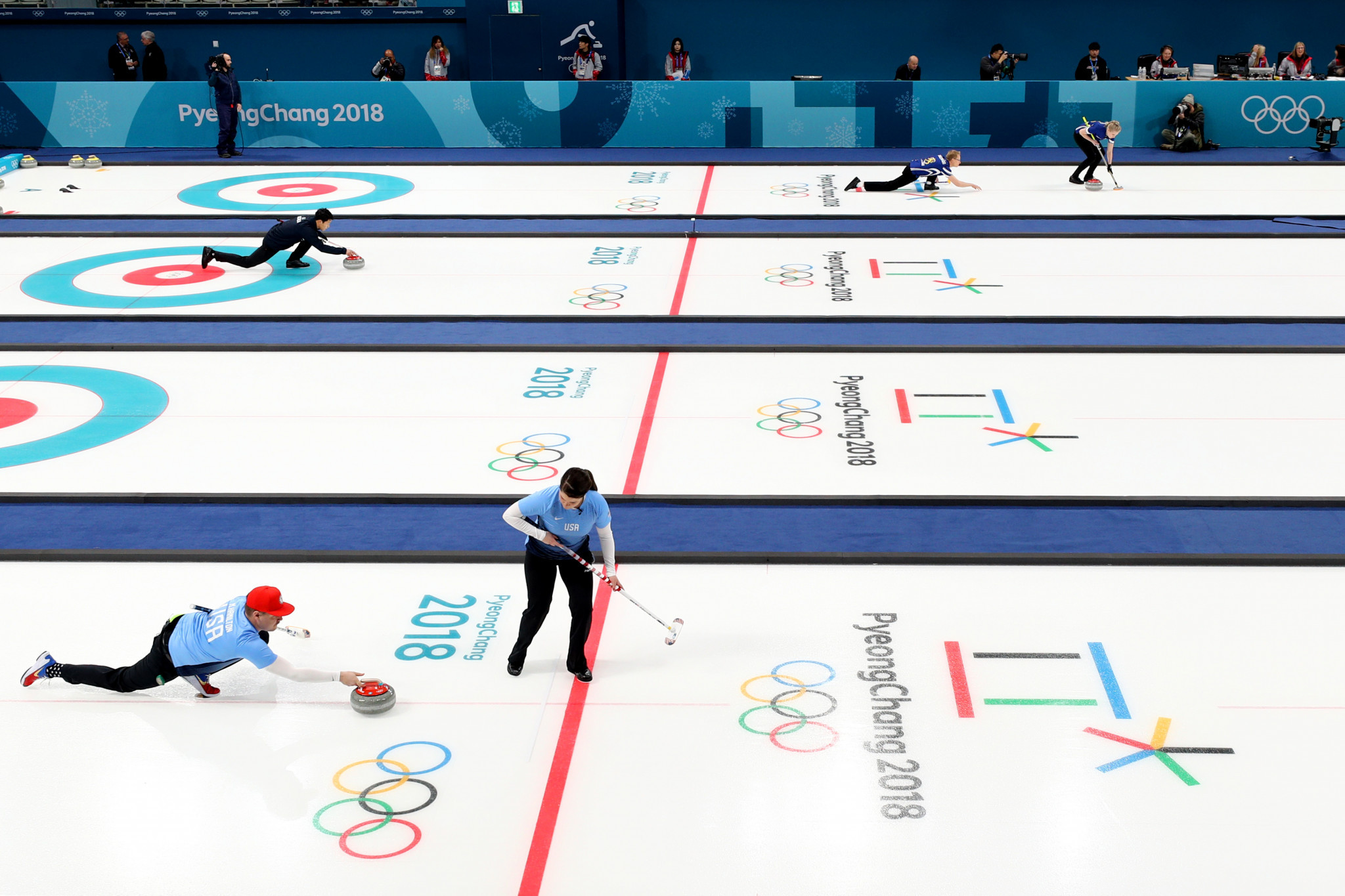 The World Curling Federation is the latest International Federation to partner with the World Academy of Sport to provide educational resources ©Getty Images