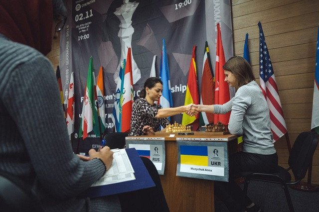 Anna Muzychuk, right, lost her tiebreaker in today's Women's World Chess Championship quarter-final to Russia's Alexandra Kosteniuk ©FIDE