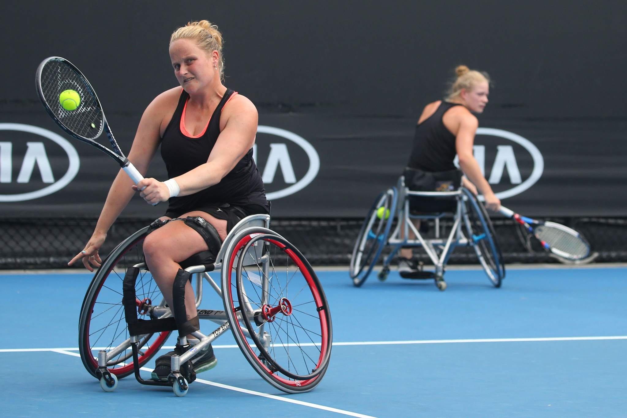 Aniek van Koot partners Dutch compatriot Marjolein Buis in the UNIQLO Wheelchair Doubles Masters in Bemmel ©Getty Images
