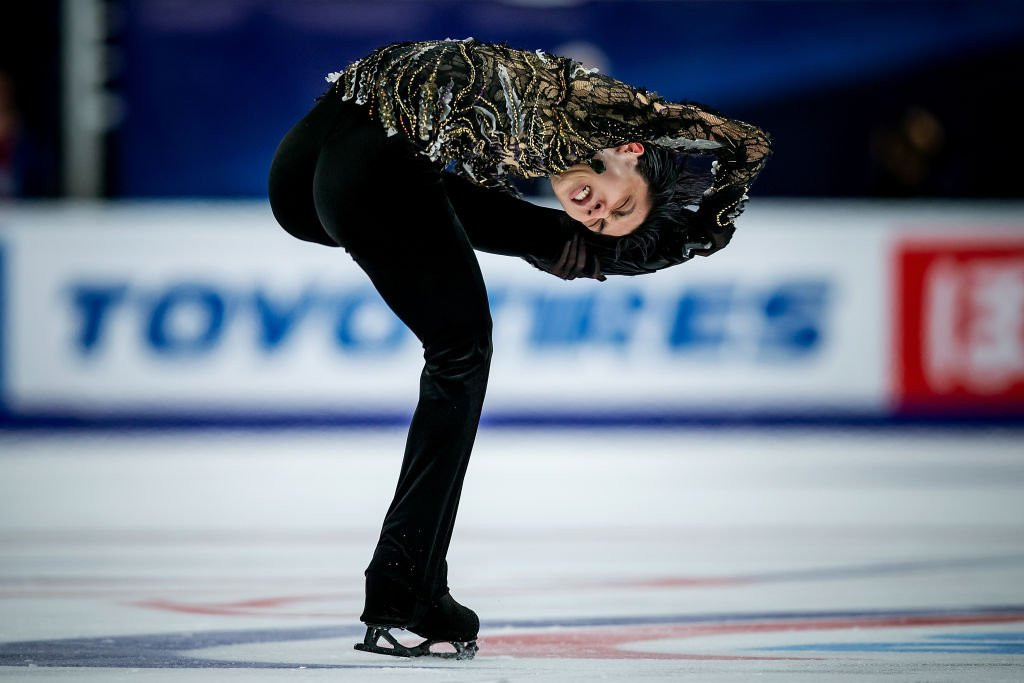 Hanyu wins gold at ISU Grand Prix of Figure Skating leg in Moscow despite injury