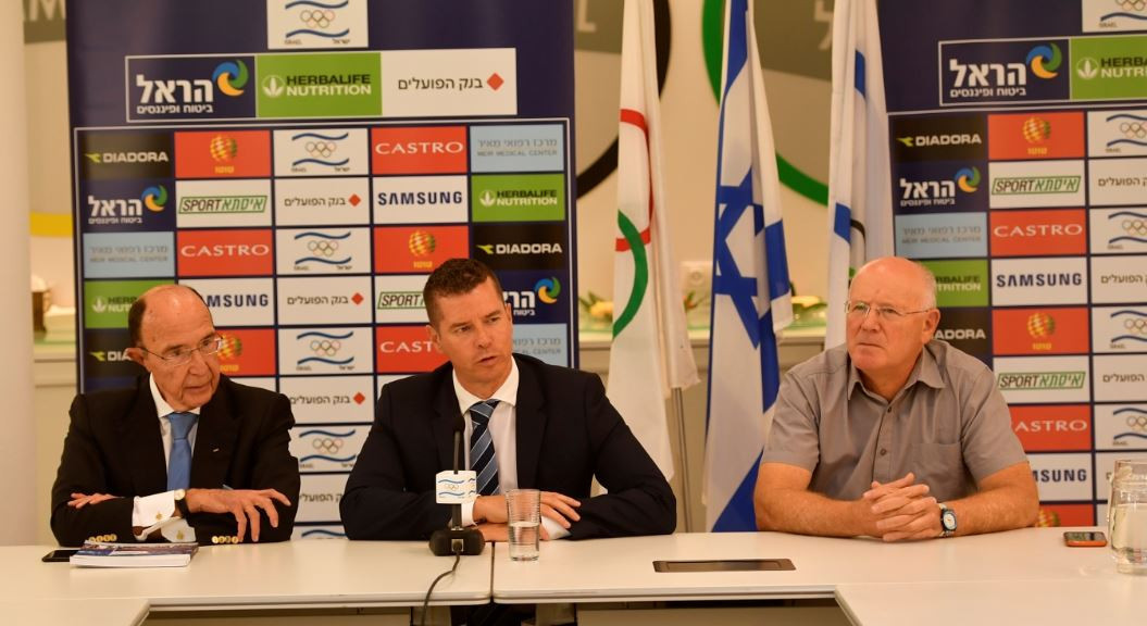 Kit McConnell was accompanied on his visit to the Olympic Committee of Israel by IOC member Alex Gilady, left, and Gilad Lustig, right, chief executive of the Israeli Olympic Committee ©Olympic Committee of Israel