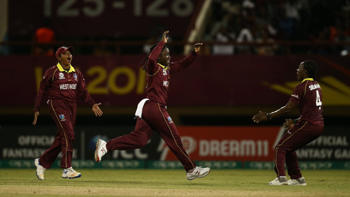The West Indies beat England in the final Group A game to set-up a semi-final tie against Australia ©ICC