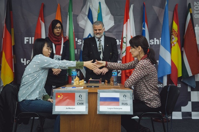 The Women's World Chess Championship final between China's defending champion Ju Wenjun, left, and Russia's Kateryna Lagno got underway in Khanty-Mansisyk today, with the first of four scheduled matches ending drawn ©FIDE
