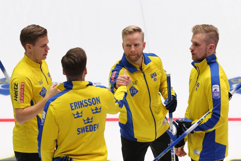 Defending champions Sweden are the only unbeaten men's team at the European Curling Championships in Estonia ©European Curling