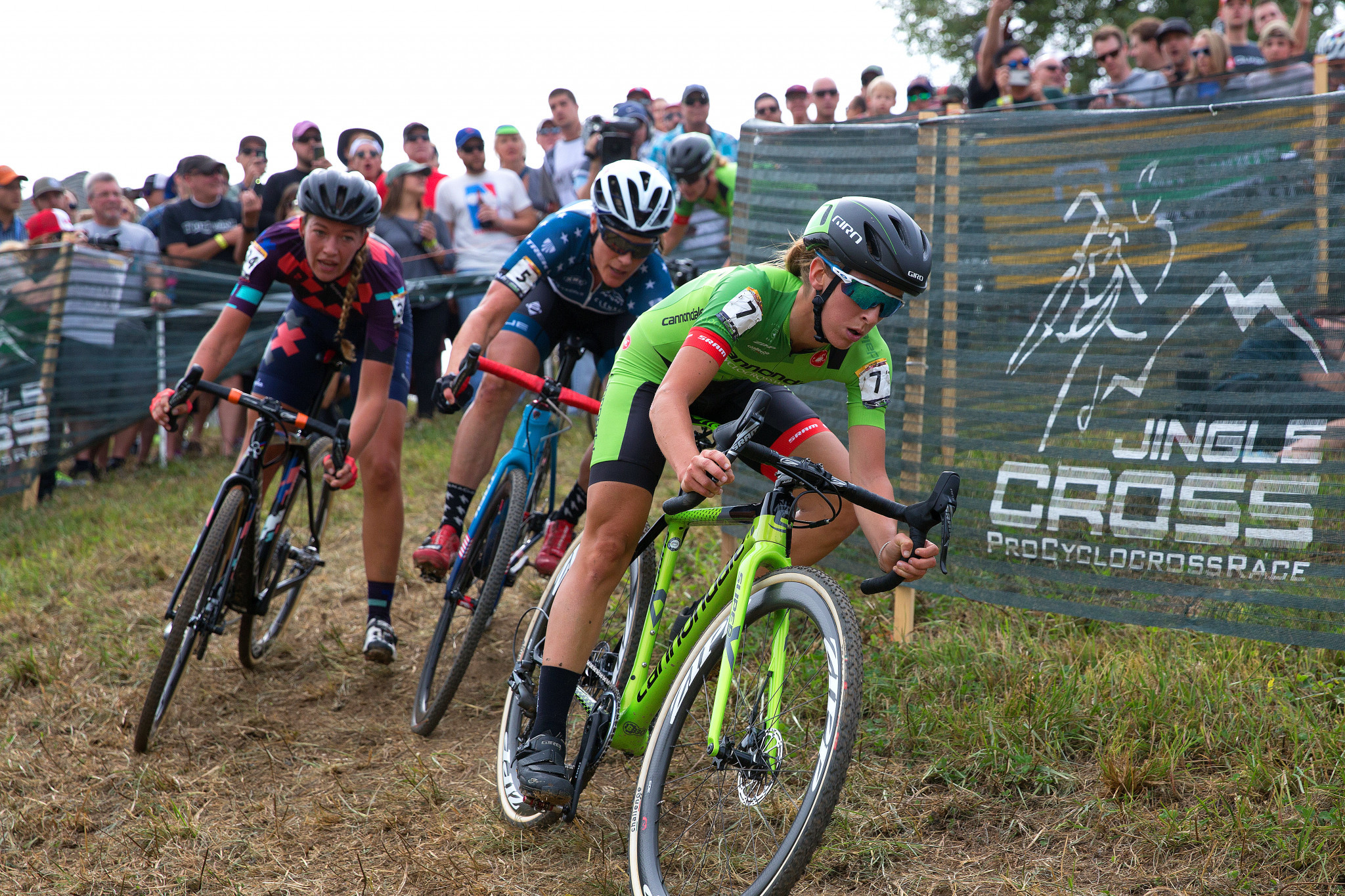 Rochette becomes first Canadian to win Pan American Cyclo-cross Championships