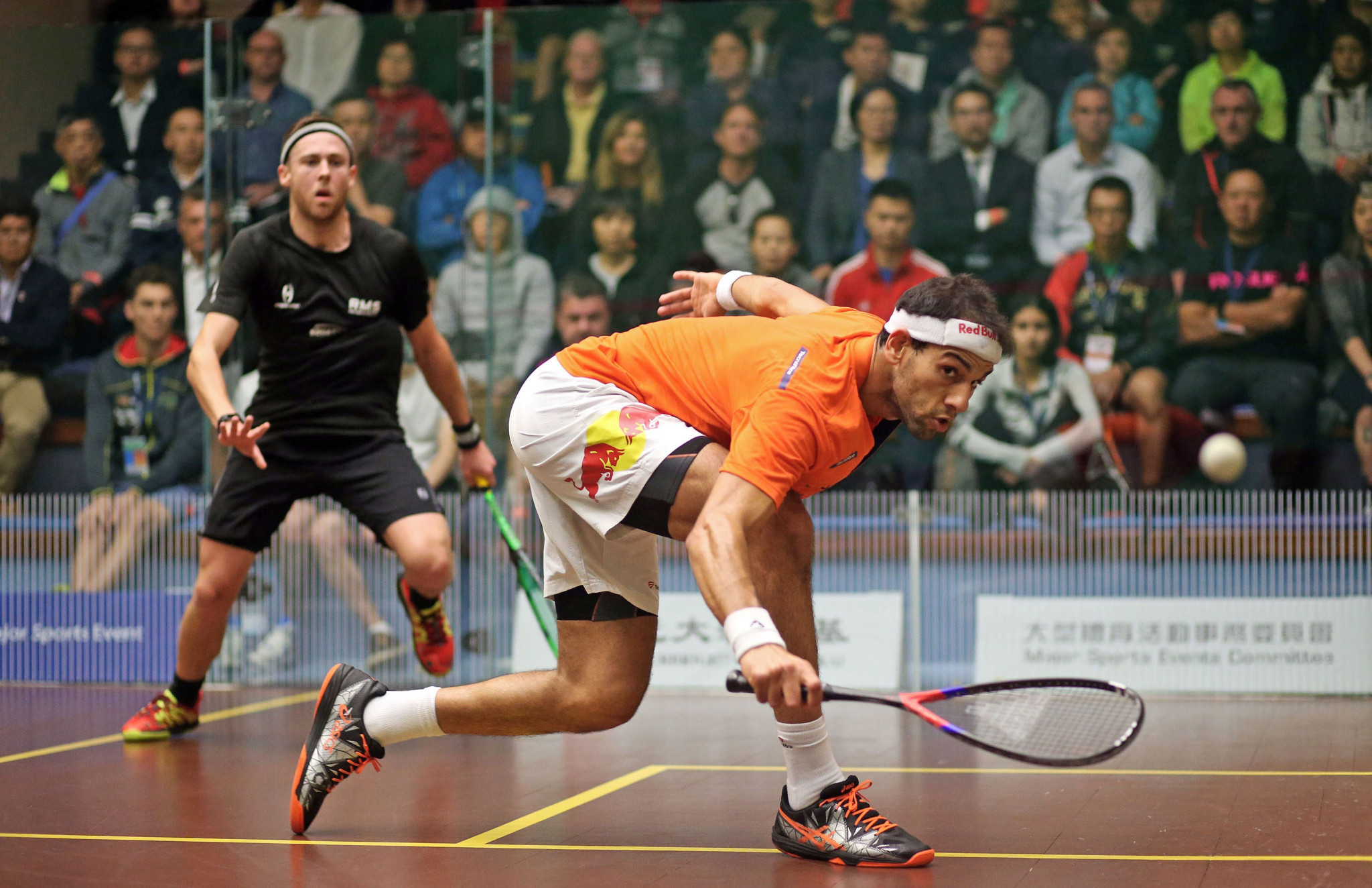 Defending champion Mohamed Elshorbagy of Egypt beat Australia's Ryan Cuskell to win his first game of the PSA Hong Kong Open ©PSA