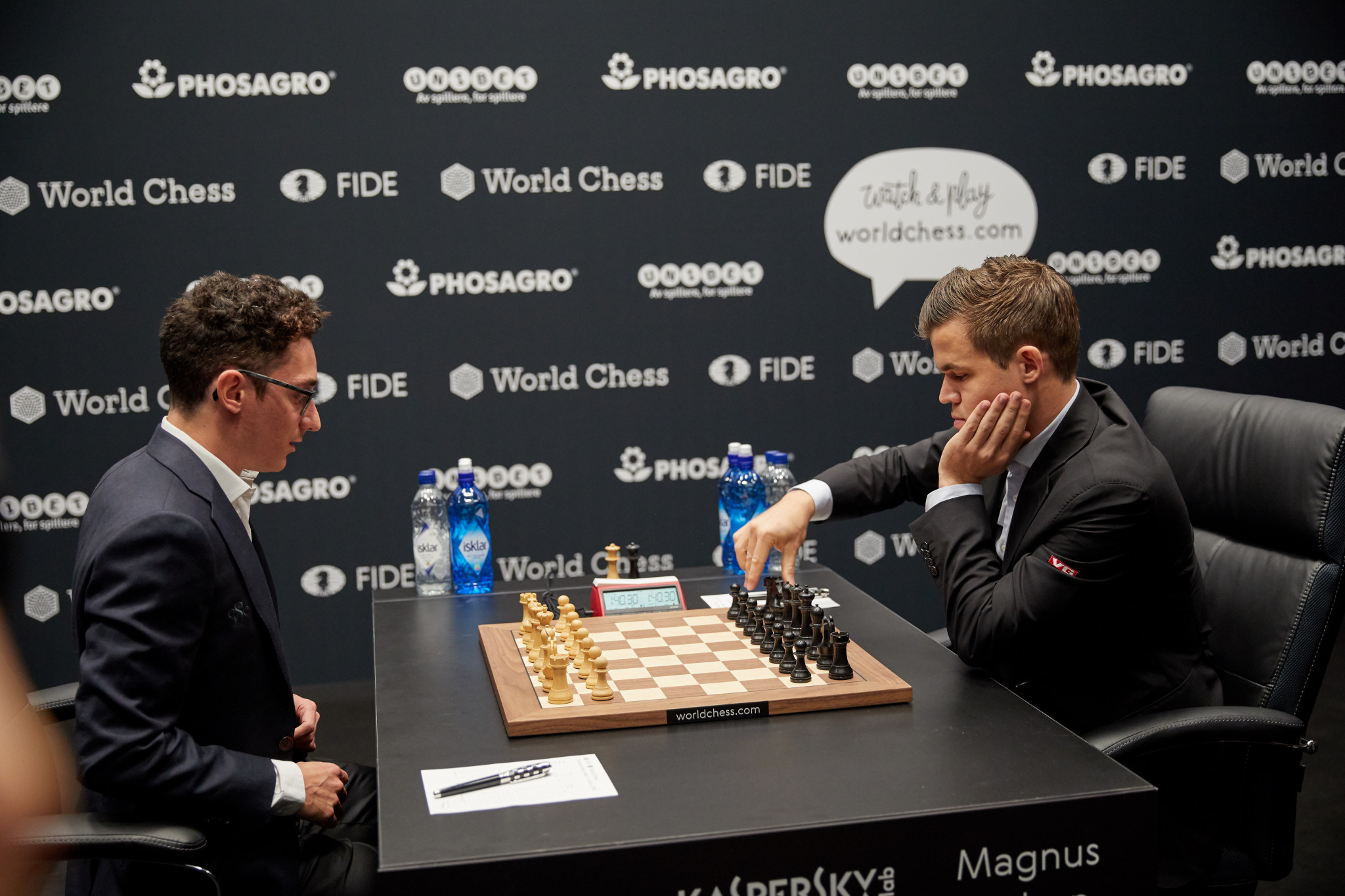 Norway's Magnus Carlsen, right, missed the chance to establish an advantage in the men's World Chess Championship final as he and the United States' Fabiano Caruana drew a ninth-straight game in London today ©Getty Images