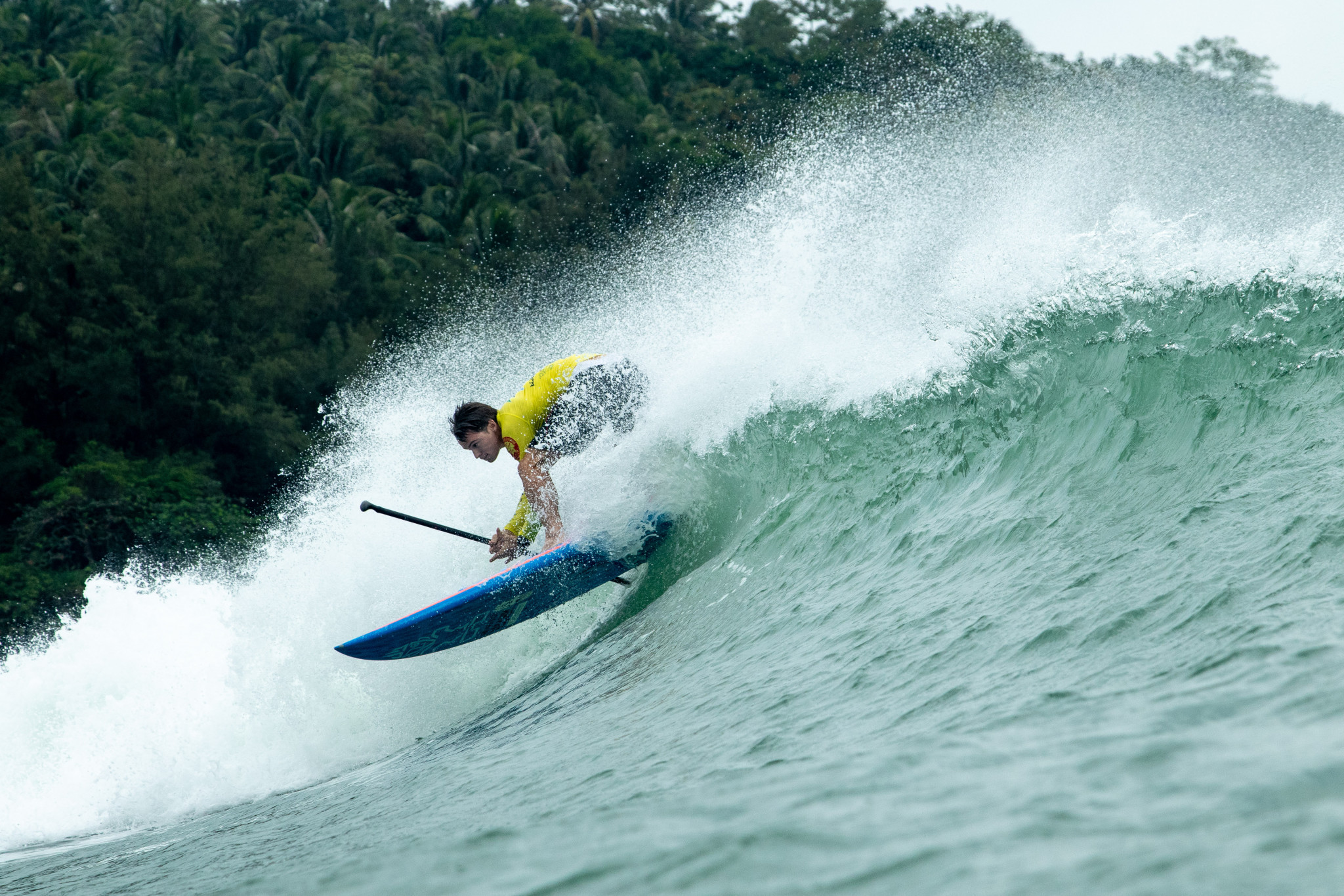Former SUP surfing world champions qualify for men's main event final in China