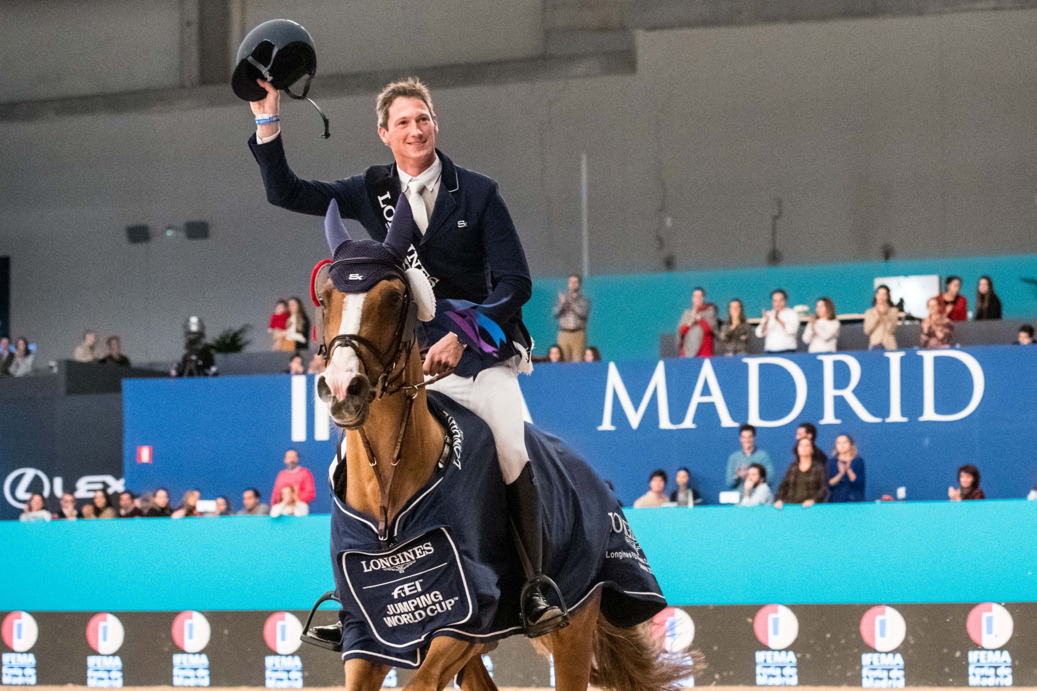Deusser wins as Guerdat extends lead in FEI Jumping World Cup Western European League