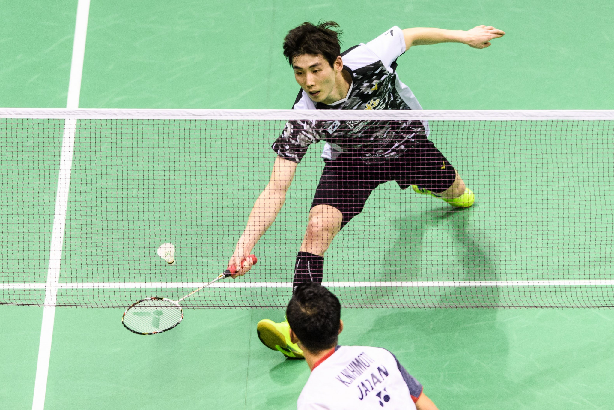 Top seed Son makes strong start to home event as BWF Korea Masters continues