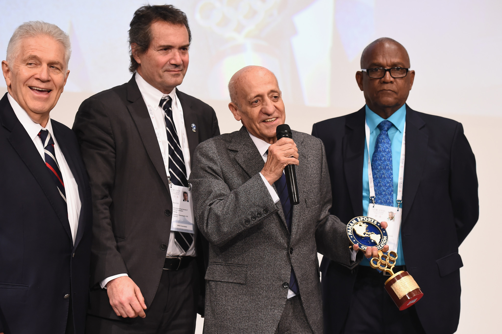 Panam Sports presented Julio Maglione with an award as he is set to be replaced as the body's vice-president ©Getty Images