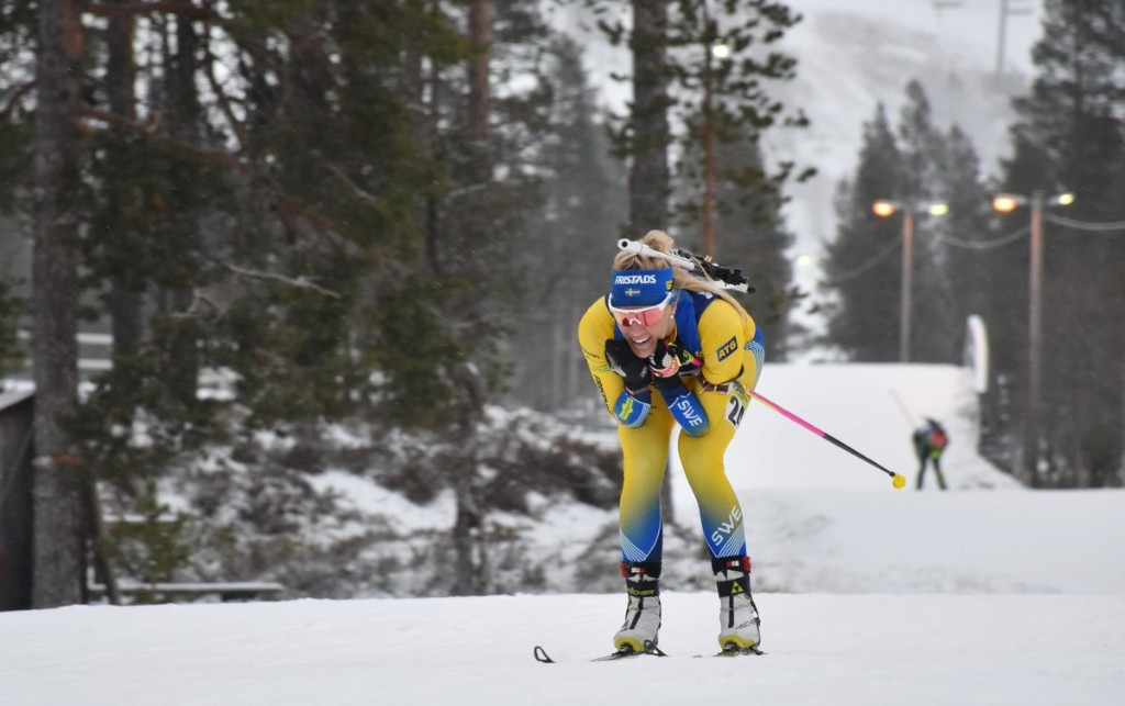 Home favourite Ingela Andersson came out on top in the women's 7.5km sprint ©IBU Cup Biathlon/Twitter