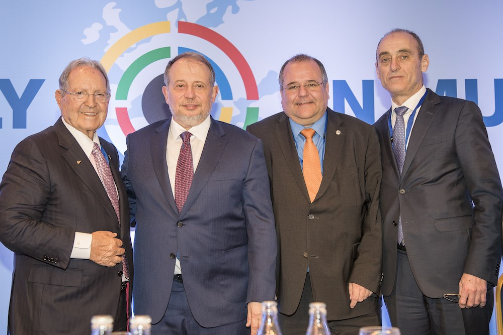Vladimir Lisin, second from left, succeeded Olegario Vázquez Raña, left, as President of the ISSF today ©ISSF