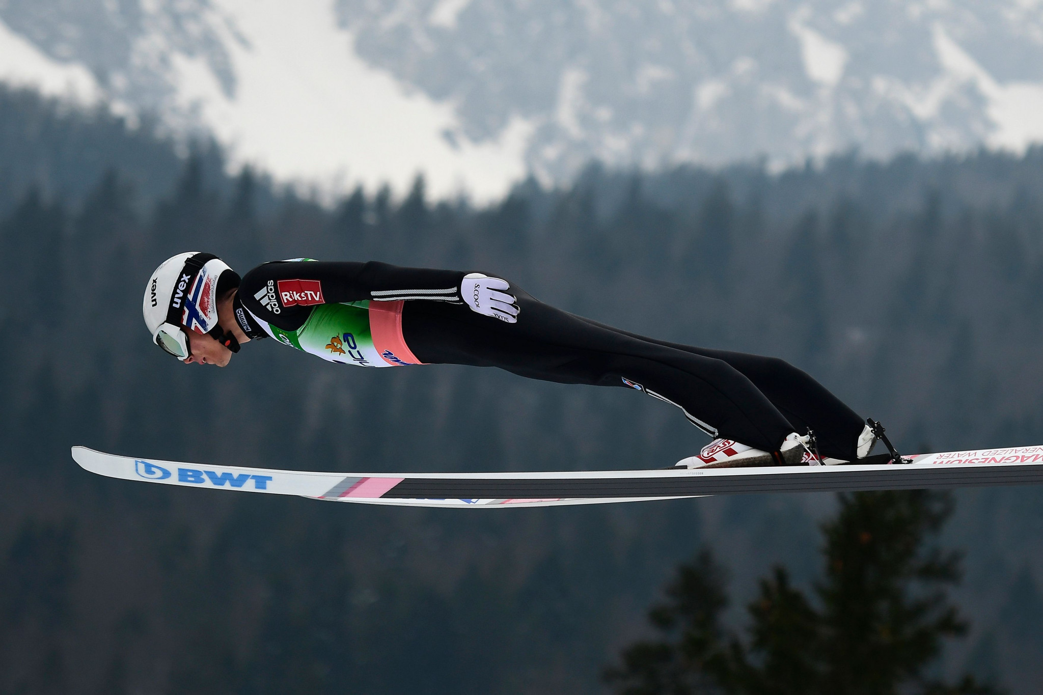 Forfang wins FIS Ski Jumping World Cup event in Nizhny Tagil