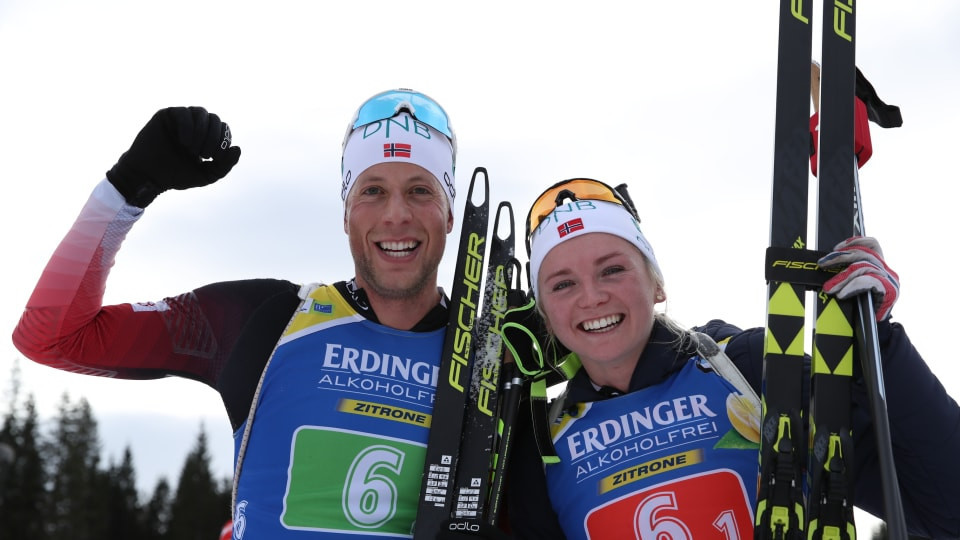 Thekla Brun-Lie and Lars Helge Birkeland won the first race of the new IBU World Cup season today, in the single mixed relay ©IBU