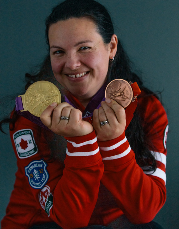 Canadian weightlifter Christine Girard has received a London 2012 Olympic gold and Beijing 2008 Olympic bronze medal in a ceremony at the National Arts Centre in Ottawa ©Canadian Olympic Team