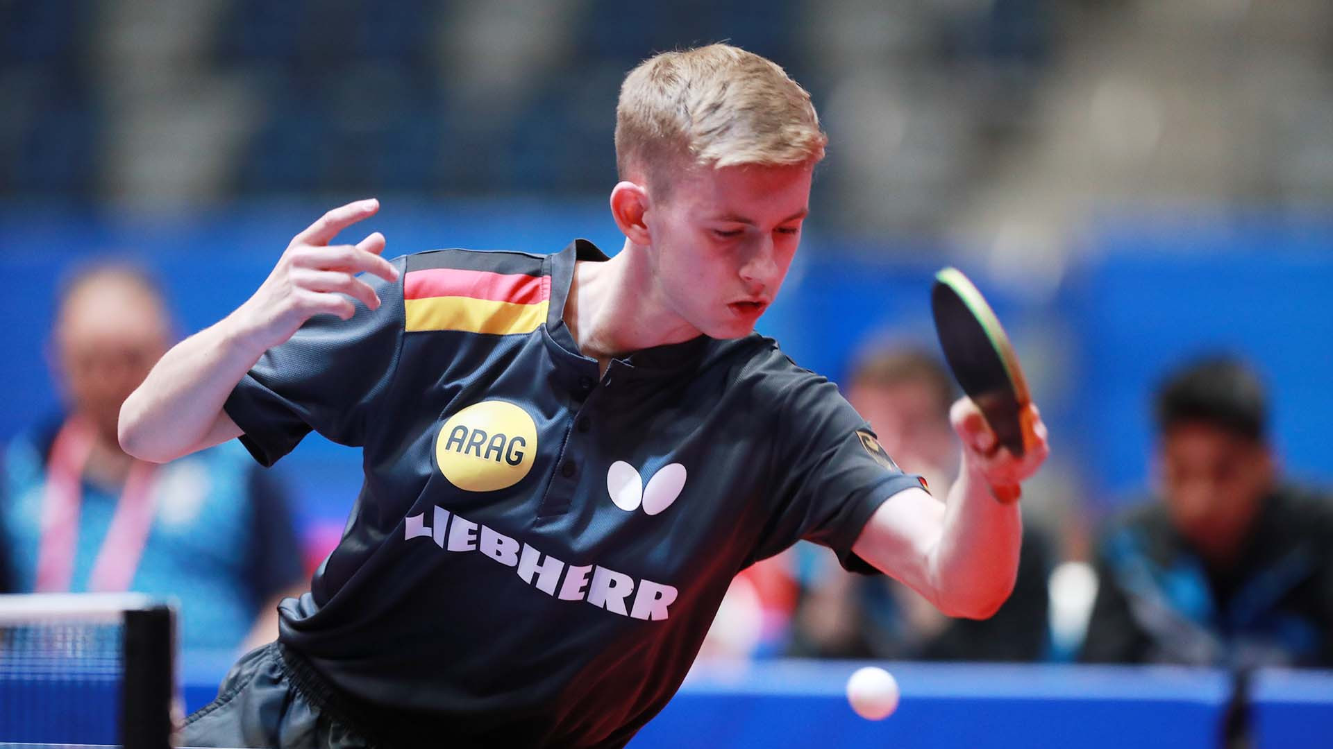 The group stages of the boys' and girls' singles got underway at the ITTF World Junior Championships in Bendigo, Australia ©ITTF