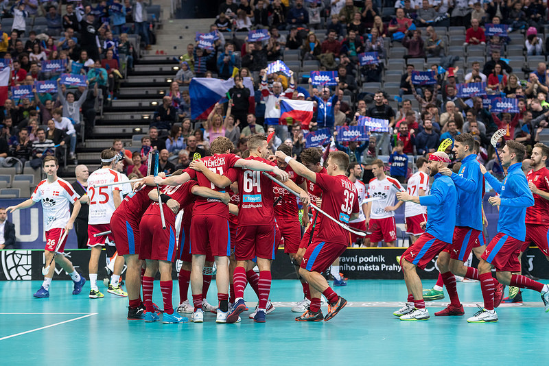 Hosts Czech Republic progress to semi-finals of IFF Men's Floorball World Championships