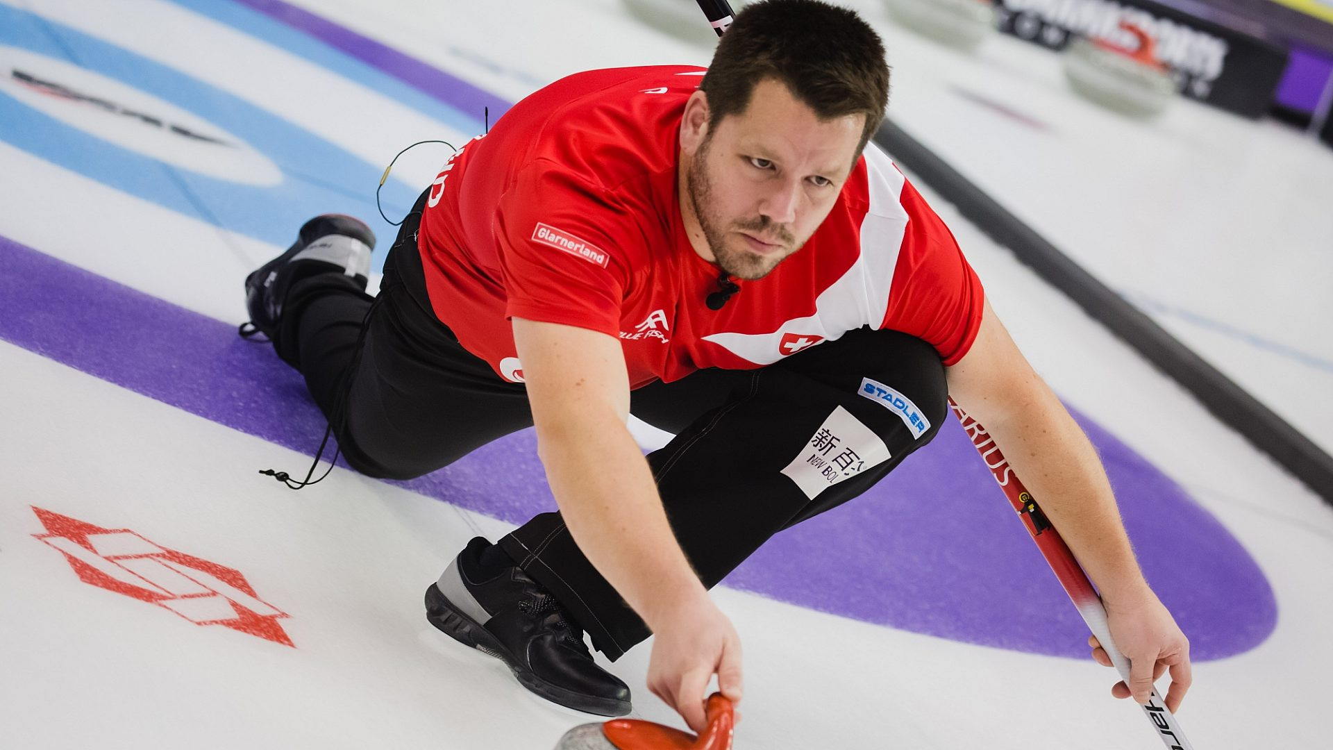 Switzerland's mixed doubles team first to qualify for finals of Curling World Cup