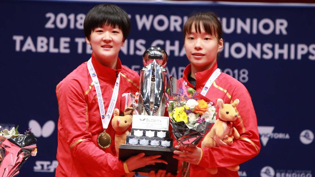 China's Shi Xunyao and Huang Fanzhen defeated Japan's Miyuu Kihara and Yumeno Soma to win the girls' doubles final at the ITTF World Junior Table Tennis Championships in Bendigo ©ITTF