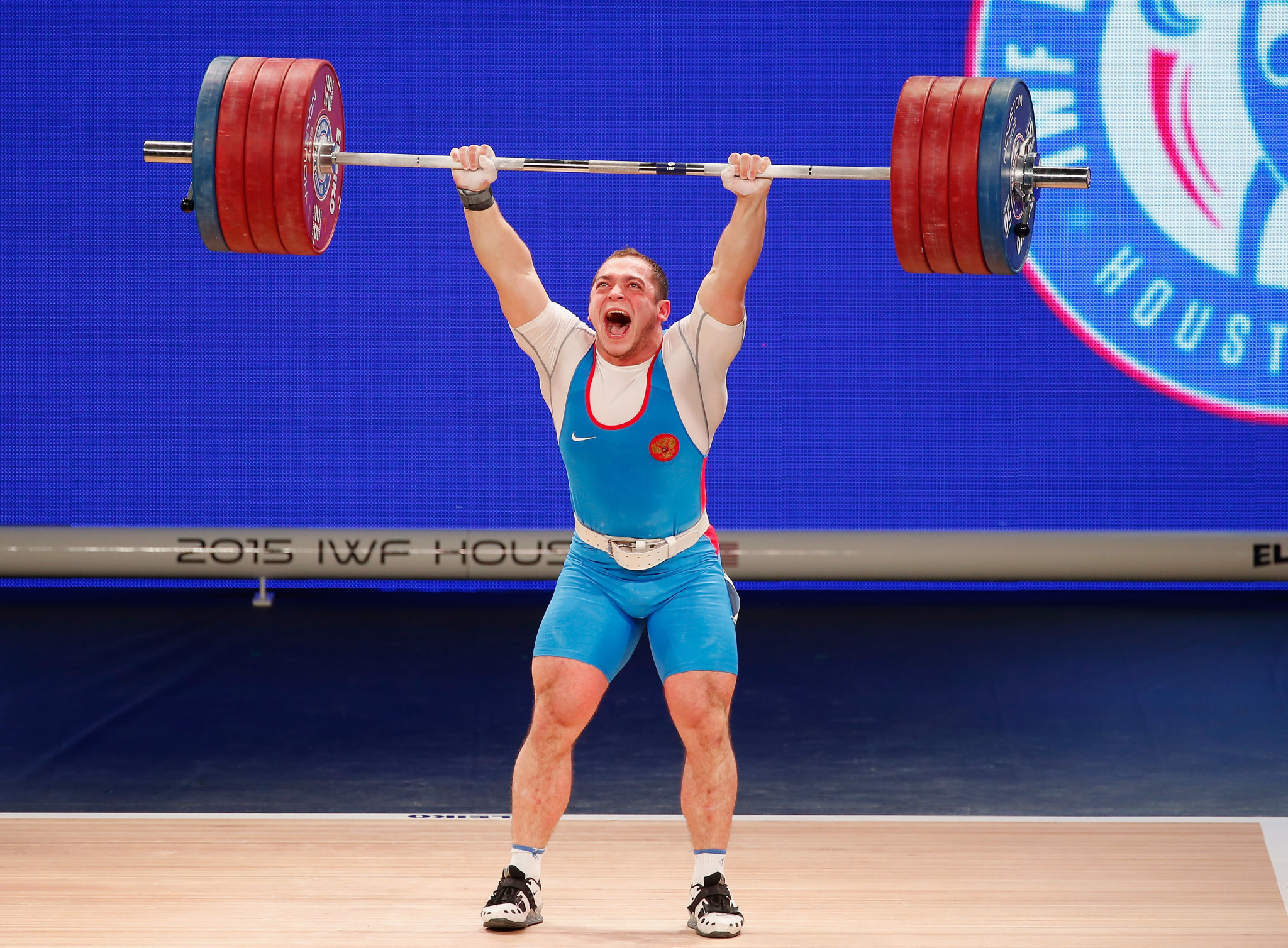 Artem Okulov was one of two Russian gold medallists at the recent IWF World Championships ©Getty Images