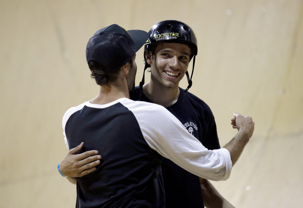 Wilkins defends vert title at Skateboarding World Championships