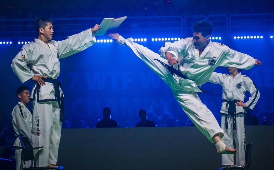 Members of a North Korean taekwondo demonstration team give a performance at the opening ceremony of the 2017 World Taekwondo Championships in Muju ©World Taekwondo