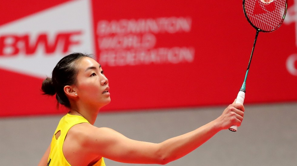Li puts Chen on brink of early exit from women's singles event at BWF World Tour Finals