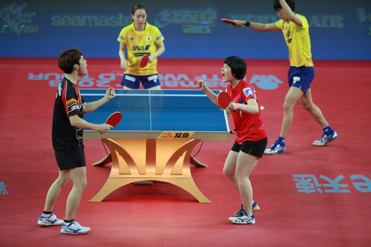Unified Korean pairing open ITTF World Tour Grand Finals with victory over Japan's world champions