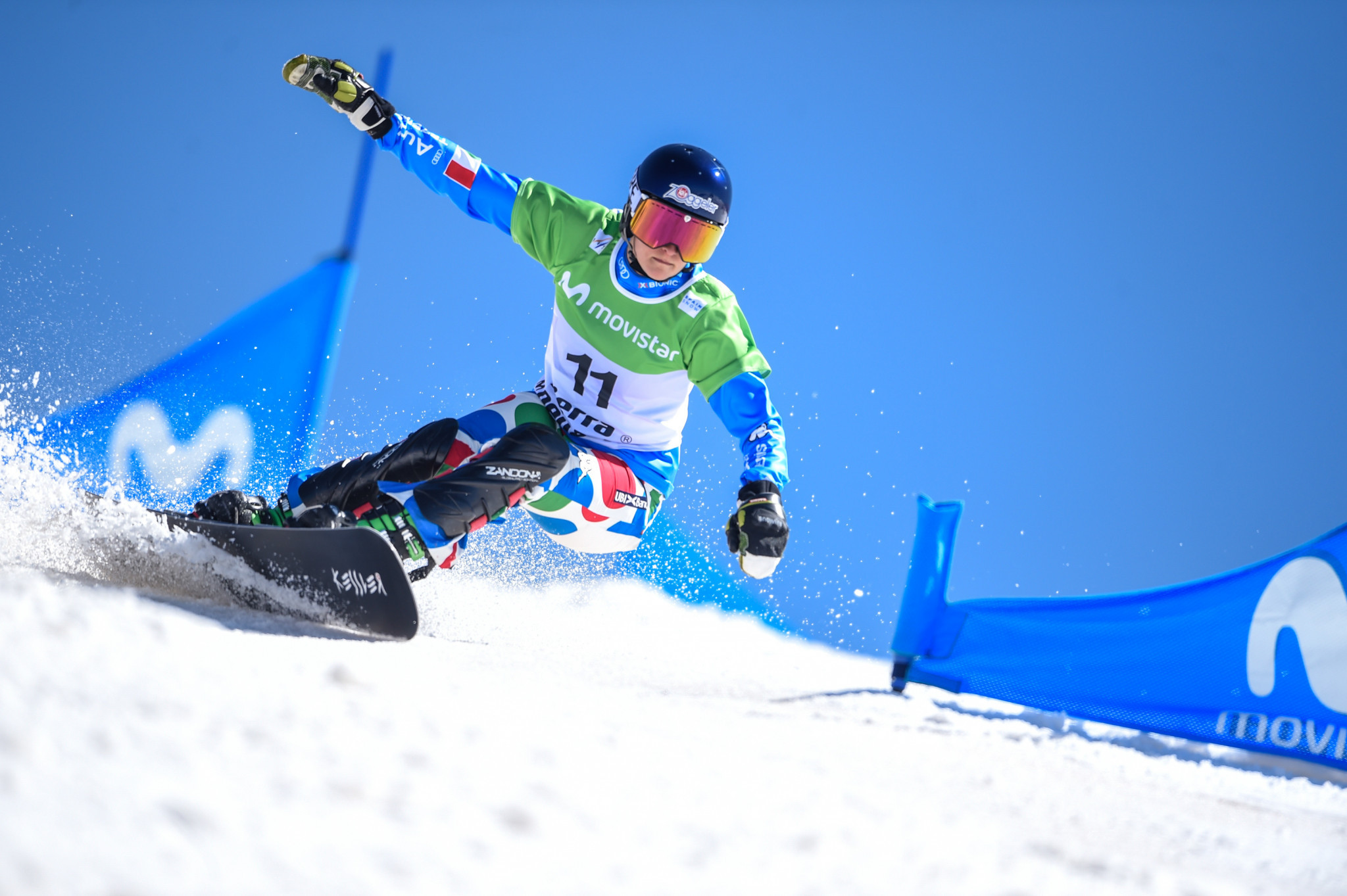 Home snowboarder Ochner holds off Ledecká to win first World Cup gold at Carezza