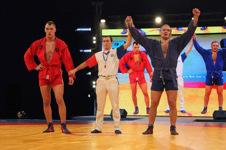 The competition featured athletes in the heavyweight division ©FIAS