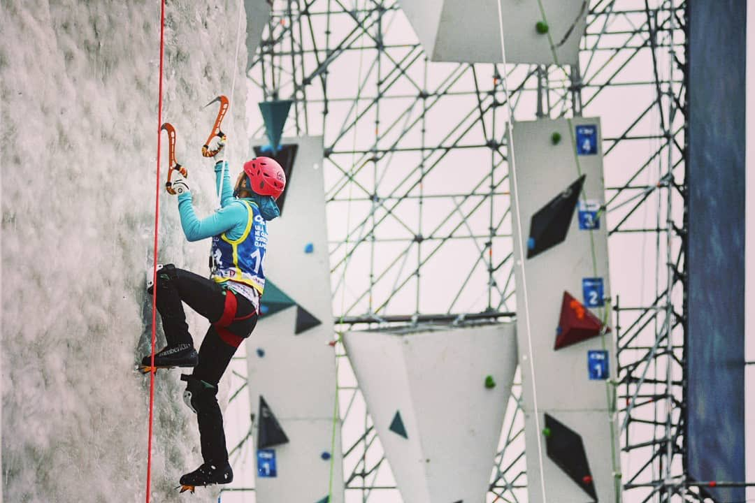 Tolokonina impresses in qualification at Ice Climbing World Combined Championships