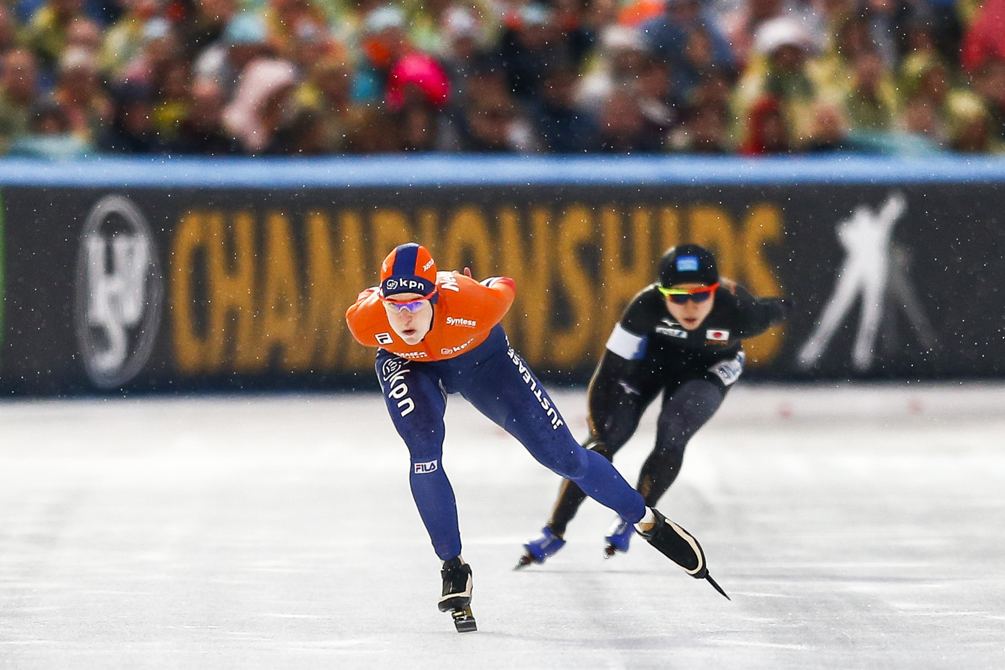 Ireen Wüst won the women's 1,500m Division A race on home ice ©Getty Images