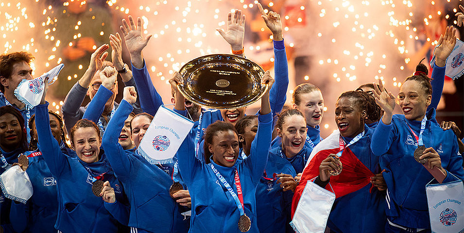 Hosts France beat Olympic champions Russia to win the European Women's Handbal title for the first time tonight ©EHF