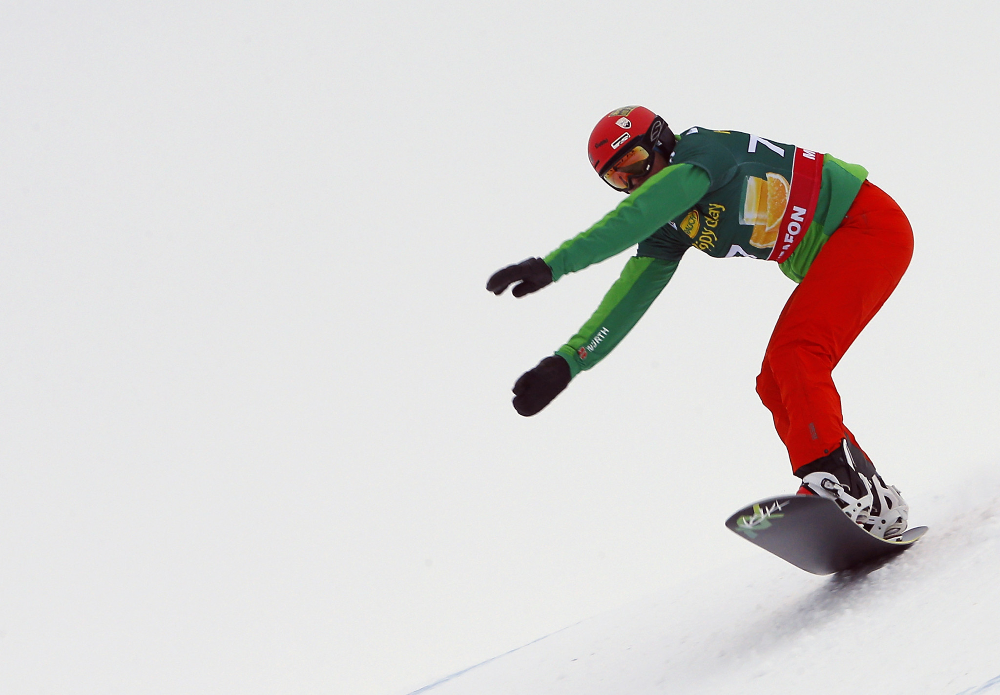 Snowboard Cross World Cup season finally begins as Smith continues strong ski cross form