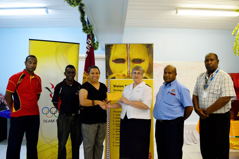 Papua New Guinea Olympic Committee make donation to help with earthquake recovery effort