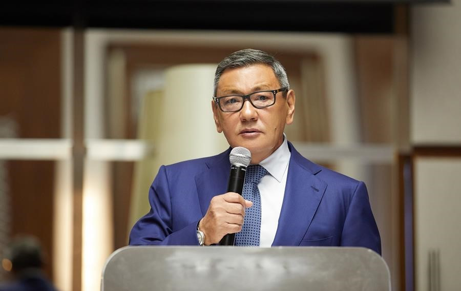 AIBA President Gafur Rakhimov's request for a meeting in January may not be met ©AIBA