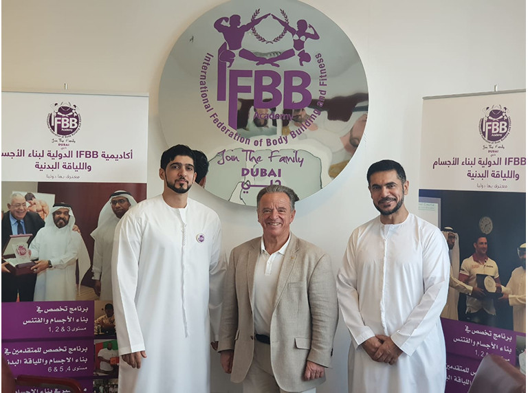 IFBB President visits Gulf Classic tournament in Dubai