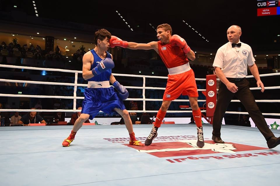 Flyweight Yosbany Veitia was the first of three Cubans to advance from the semi-finals with victory over China's Jianguan Hu ©AIBA/Facebook