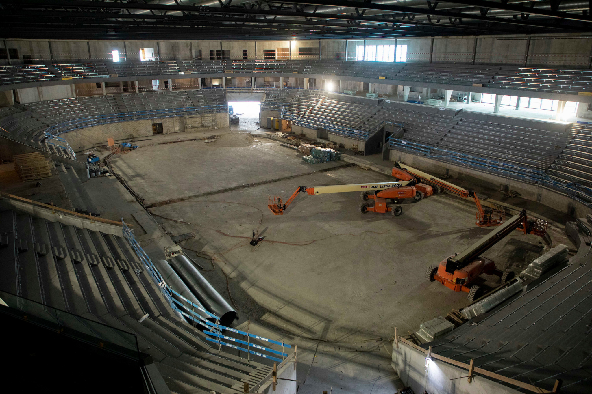 A new ice hockey arena, which will also host the Opening Ceremony, is also being built for Lausanne 2020 ©IOC