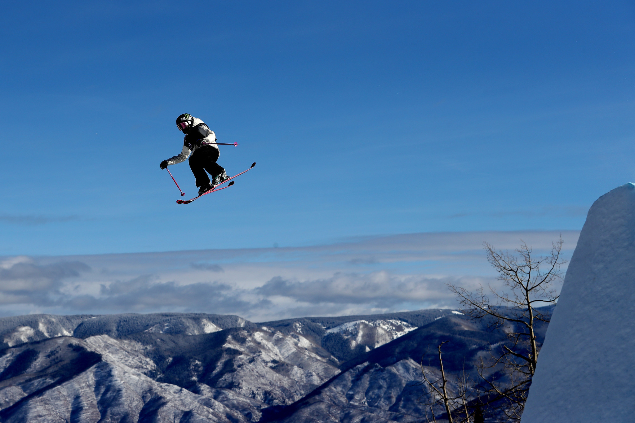 High winds see women's qualifying postponed at FIS Slopestyle Skiing World Cup in Fort Romeu