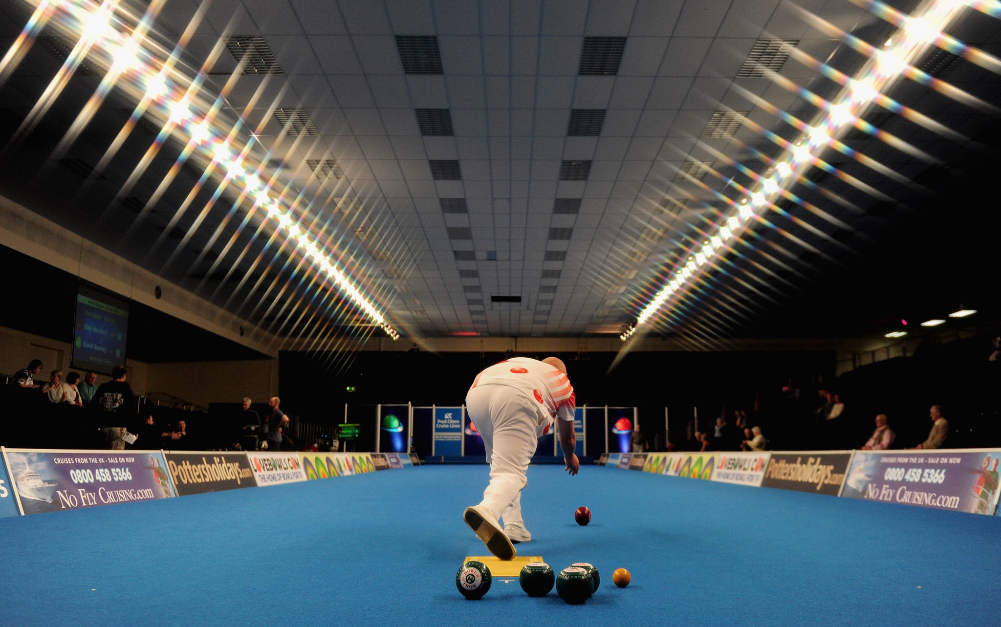The defending pairs champions Mark Dawes and Jamie Chestney were knocked out of the World Indoor Bowls Championships today ©Getty Images