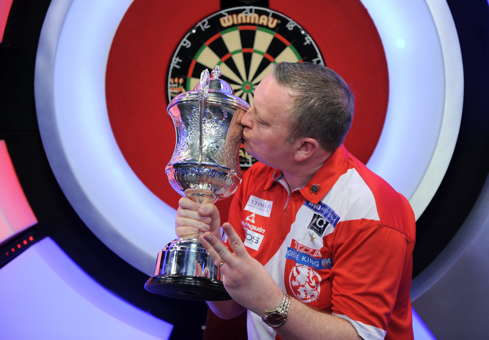 Durrant wins BDO World Championship title for third time in a row
