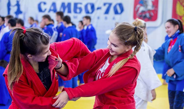Traditional sambo open training camp held in Moscow