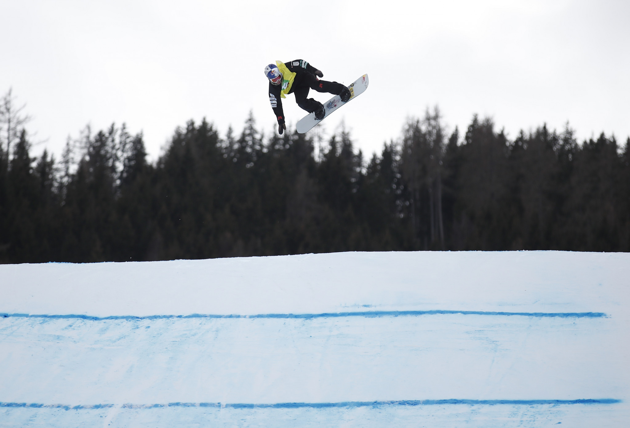 FIS hopeful Snowboard World Cup in Laax will go ahead despite heavy snow forcing cancellation of training