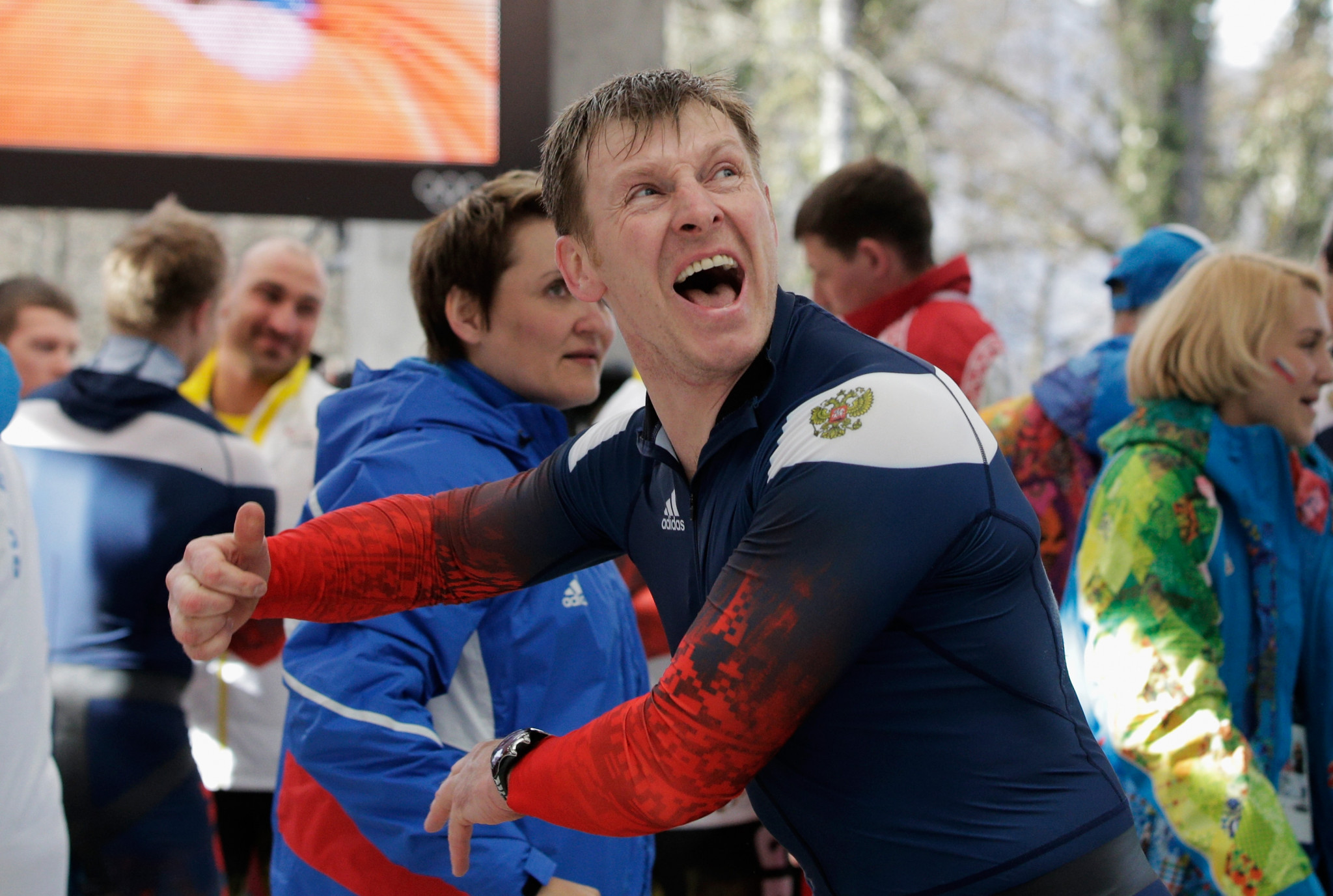 Alexander Zubkov celebrates after winning a second gold medal at Sochi 2014 in the four-man ©Getty Images