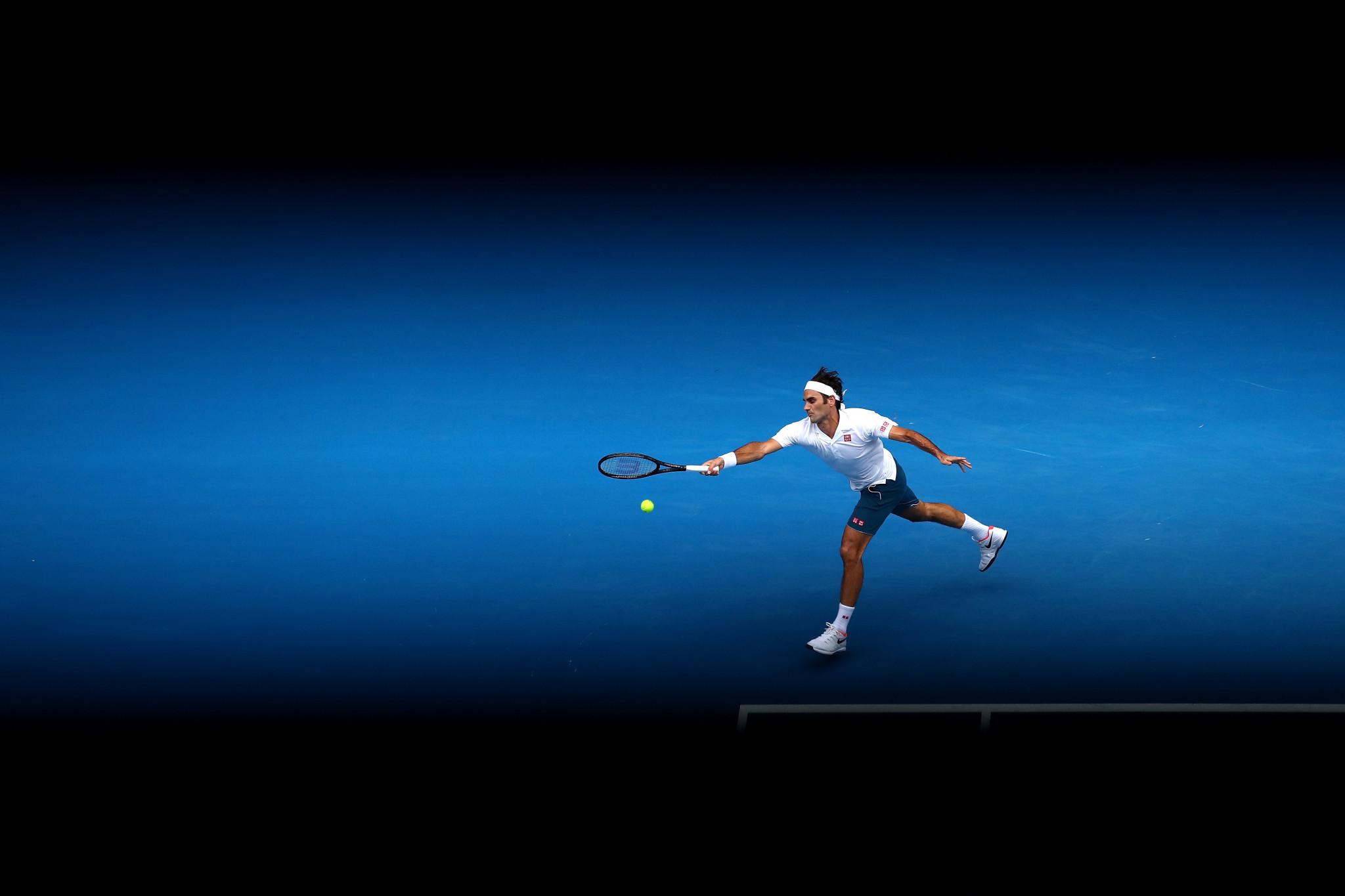Defending champions Federer and Wozniacki through to third round at Australian Open