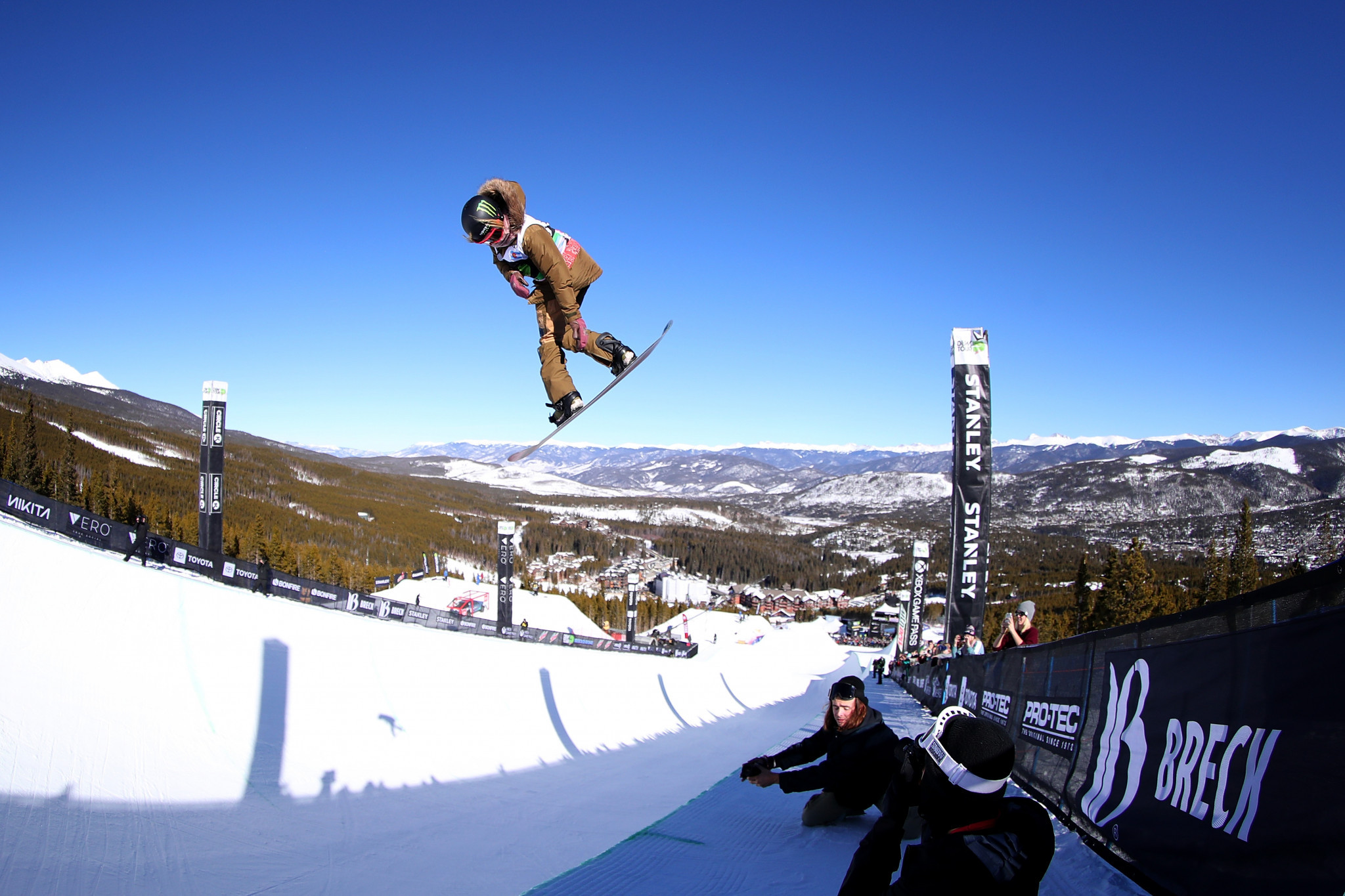Kim and James impress in halfpipe qualifying at FIS Snowboard World Cup